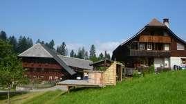 Bauernhaus mit Stöckli