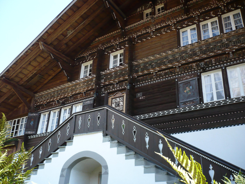 Bönigen Dorfundgang historische Häuser