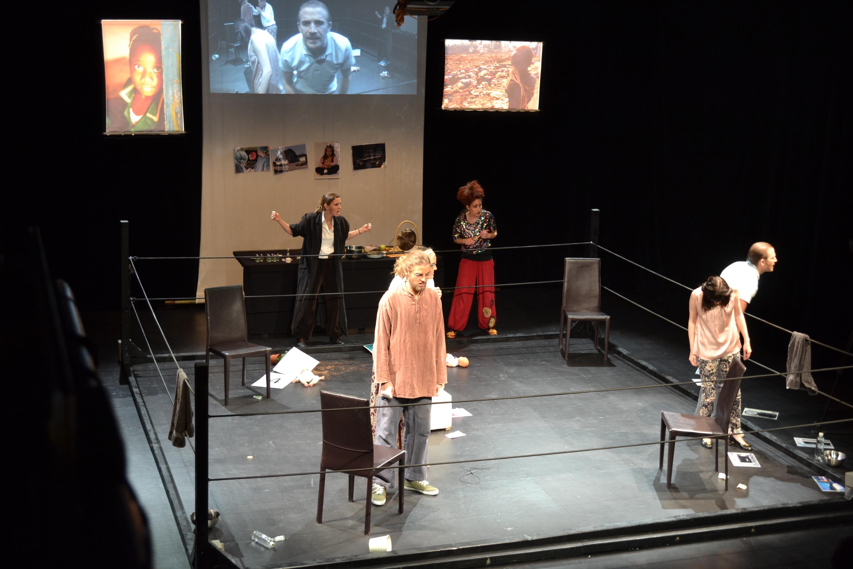 Bühnerei-Ensemble (Theaterjahr ab 18 Jahren)