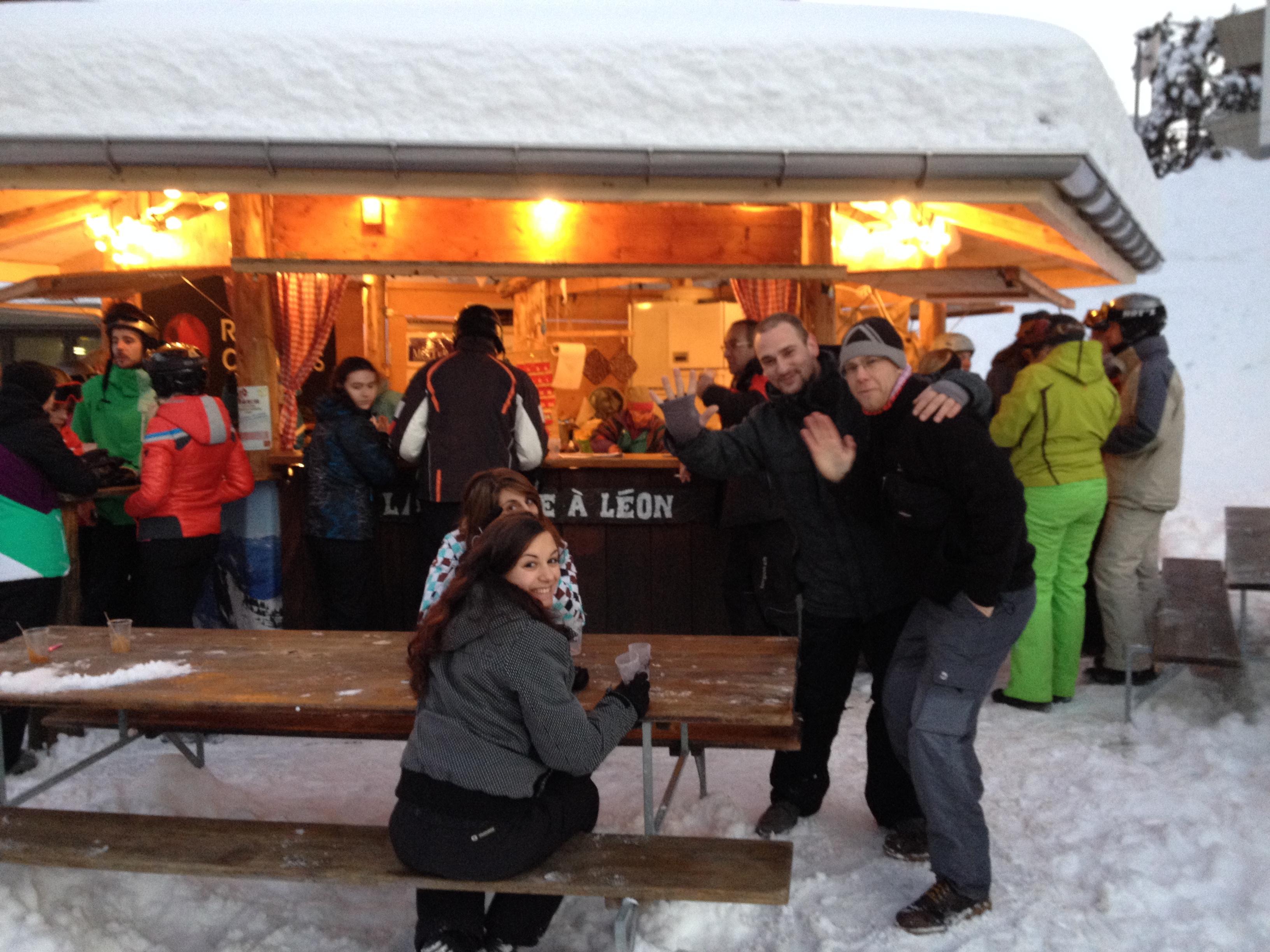 Le Ski-Club anime la Cabane à Léon @  |  |
